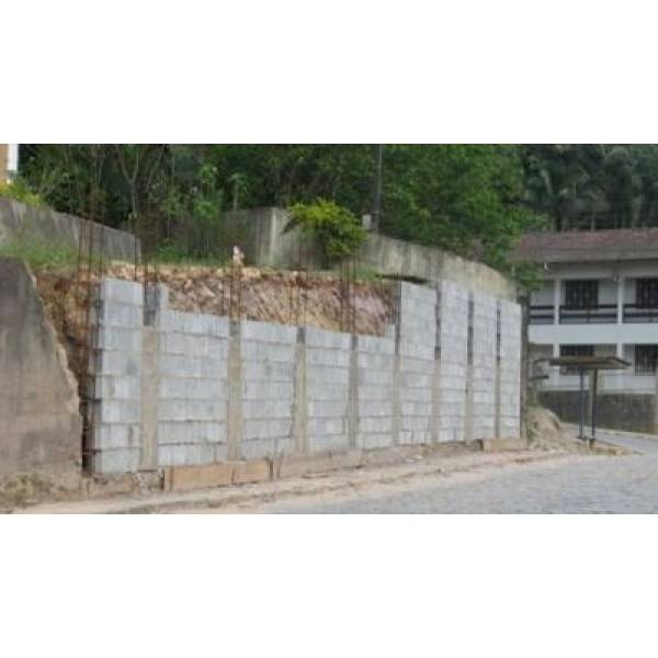 Preço para Fabricar Blocos Feitos de Concreto na Cidade Jardim - Bloco de Concreto de Vedação