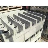 Onde tem bloco feito de concreto na Barra Funda