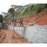 Valores de blocos feitos de concreto no Brás