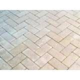 Valores de obras de tijolos intertravados em Santa Isabel